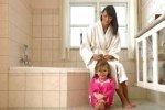 Пол в ванной для детей опаснее телевизоров