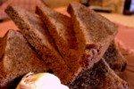 Открыты целебные свойства корочки хлеба