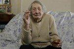 100-летняя британка : Я молода благодаря пиву и сигаретам