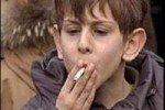 Российские дети начинают курить с восьми лет