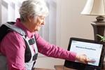 Устройство Breeze@home позволяет мониторить динамику болезней, сидя на дива ...