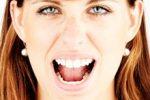 Здоровые зубы и глаза снижают риск развития слабоумия, установили эксперты