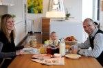 Семейные ужины способствуют поддержанию здорового веса