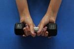 Упражнения, связанные с нагрузкой на мышцы и аэробика на треть снижают риск ...