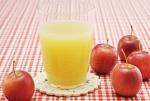 Пейте яблочный сок
