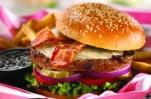 Людям с проблемной сердечно-сосудистой системой и диабетом опасно налегать на соленую пищу