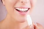 Гигиеническая помада может нанести здоровью немалый вред